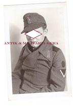 Portriatfoto Sturmgeschütz Mann Heeresturmgeschütz -Sturmartillerie mit Tätigkeitsabzeichen