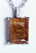 Rutilated quartz pendant Gold