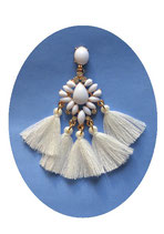 BO Blandine pompons blancs