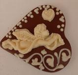 Schokoladenherz Vollmilch verziert mit  einem Engel aus weißer Schokolade