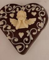 Schokoladenherz Zartbitter verziert mit  einem Engel aus weißer Schokolade