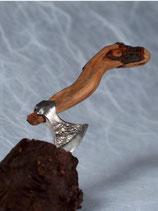 Breit Axt Silber Aufgestielt