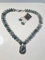 Silver Shell Necklace w/Earrings