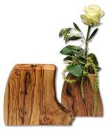 Holzvase aus Olivenholz