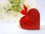 romantische Herzkartonage