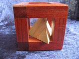 Pyramide in Box (Kategorie: Leicht) - NEU