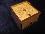 Spinnenkiste (Kategorie: Schwer)