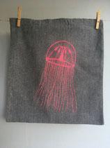 Einkaufstasche aus recycelter Baumwolle mit pinker Qualle