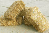5 bales of straw (15kg)