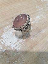 Bague Cabochon quartz rose libellule