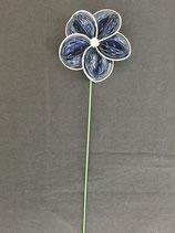 Blume dunkelblau