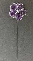 Blume violett Zackenrand
