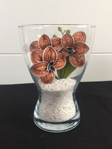 Vase mit Orchideen apricot