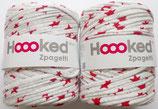 Hoooked Zpagetti Textilgarn, hellgrau mit roten Sternen