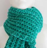 warmer Schal, handgestrickt, moosgrün meliert