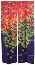 Noren Momiji (feuilles d'érable) sur fond violet