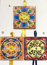 Piastrella in ceramica da parete PACE e BENE