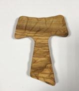 TAU in legno d'ulivo da parete intagliato