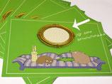 Grußkarte mit Tieren auf der couch / Goldrahmen