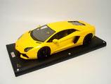 2011 Lamborghini Aventador LP700-4 giallo orion 1:18