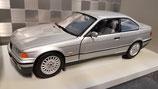 >12h: 1992 BMW E36 328i Coupe silver 1:18