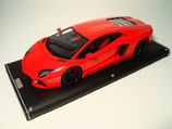 2011 Lamborghini Aventador LP700-4 red metallic 1:18
