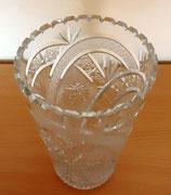 Große Kristallvase mit Schliffdekor und gezacktem Rand #8