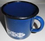 Emaille-Becher in Blau