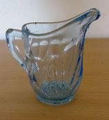 Milchkännchen aus Kristall – Blau-transparent