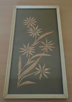 Heller Holzbilderrahmen mit Holzbild - Blume