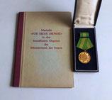 """Medaille """"Für treue Dienste"""" mit Urkunde"""