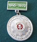 """DDR Anstecker/Abzeichen – """"Für den Schutz der Arbeiter- und Bauern-Macht"""" – 1945-1970"""
