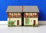2 kleine Fachwerkhäuser