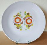 Großer Porzellanteller mit buntem Blumendekor - VEB Spezialporzellan Eisenberg