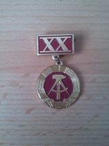 Abzeichen - DDR XX