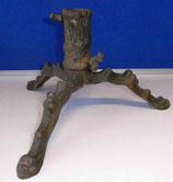 Alter Christbaumständer aus Gusseisen