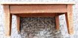 Kleiner Holzhocker - Schemel aus Holz