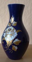 Vase mit Goldrelief und hangemalt - Wallendorfer Porzellanfabrik