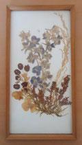 Bild mit gepressten Blumen