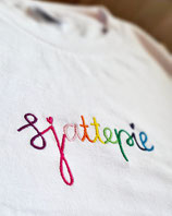 PROUD to be a Sjattepie - Wit T-shirt - €30,-