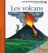 Mes premières découvertes : les volcans