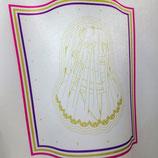 """Peignoir Long en satin avec visuel coloré de l'album """"Hyper Cristal"""" au dos et signature sur le devant.Nom du produit"""