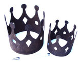 Krone aus Metall in Edelrost - groß und klein