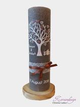 Hochzeitskerze Rustik grau mit Baum und Brautpaar
