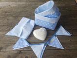 2 Stoffkörbchen, 10er Wimpelkette & Feuchttuchhülle blau-weiß Sterne