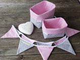 2 Stoffkörbchen & 10er Wimpelkette rosa-grau