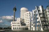 Führung durch den Düsseldorfer Medienhafen