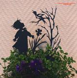 Art.Nr.: 6268ST - Pflanzenstecker Mädchen mit Vogel