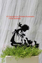 Art.Nr.: 6232ST - Pflanzenstecker Mädchen mit Enten