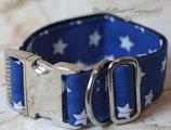 Halsband, leuchtend Blau - weiße Sterne, Metallverschluss